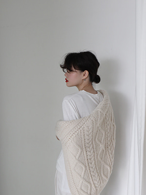ivory bulky pullover