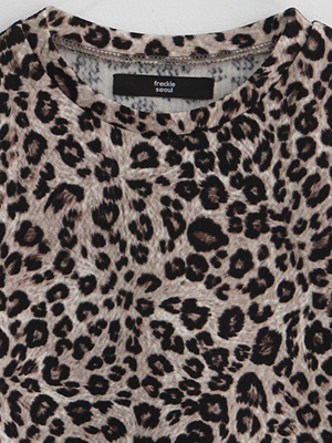 (freckle made♥)mini leopard tee