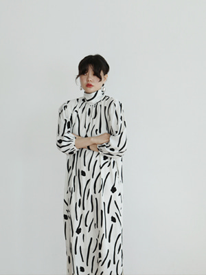 painting high neck long dress(white,black!)
