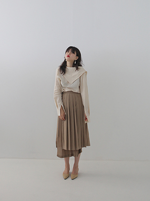 unbalance pleats wrap skirt
