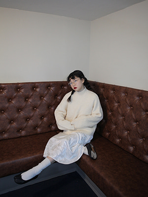 fluffy high neck oversize knit(ivory,camel!)(SALE!)