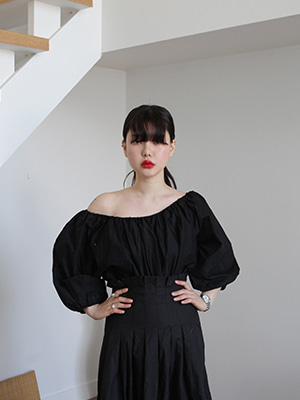 balloon sleeve off shoulder top(2colours!)