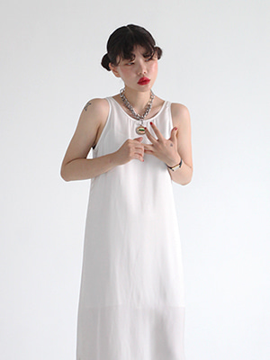 (freckle made♥)back v satin dress(ivory)