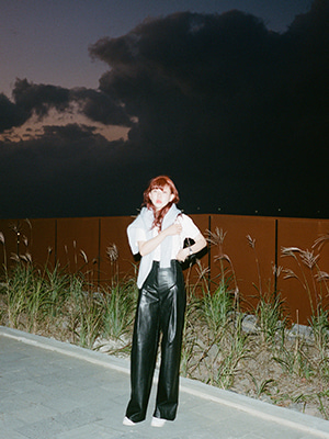 (freckle made♥)faux leather wide pants