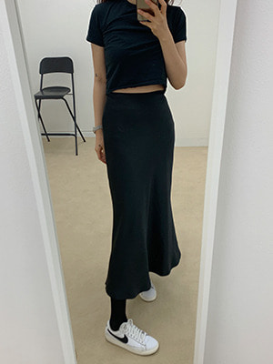 satin long skirt(cream,yellow,black!)