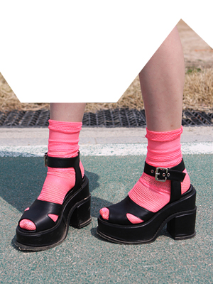 mesh socks(white,neon pink,black 3colours!)
