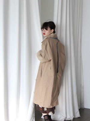 cut out back oversized trench coat(한정수량!)