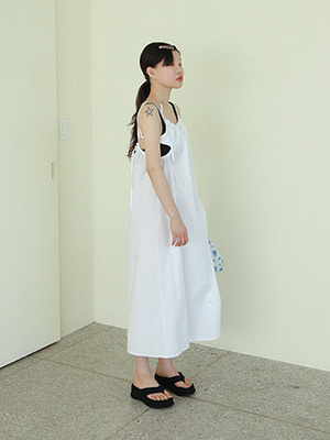 back tie strap dress(white,black!)