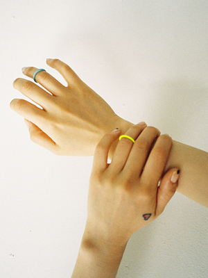 plastic midi ring(lime,baby blue 2colours!)